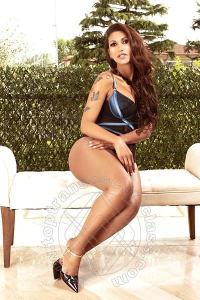 Meghan  LA SPEZIA 3284455833