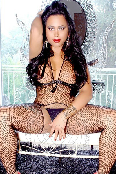 Paola Ferre  NAPOLI 3805980432